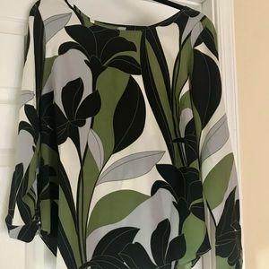 Ann Taylor floral NWT blouse